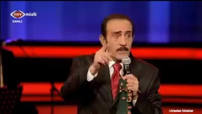 Yandaş türkücüden TRT'de skandal sözler: Şehit evinde saz çalacağım!