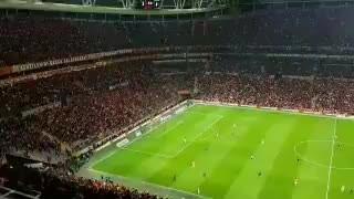 Galatasaray Stadı'nda Erdoğan'a Tokat gibi Slogan!