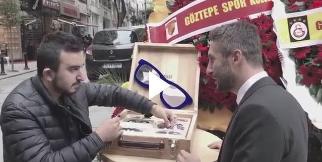 Sabri Sarıoğlu'nun dükkanına şok