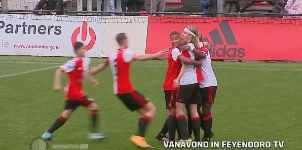 Feyenoord'un 16'lık golcüsünden harika gol